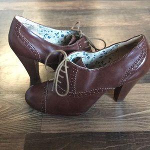 Cute Retro Leather Heels